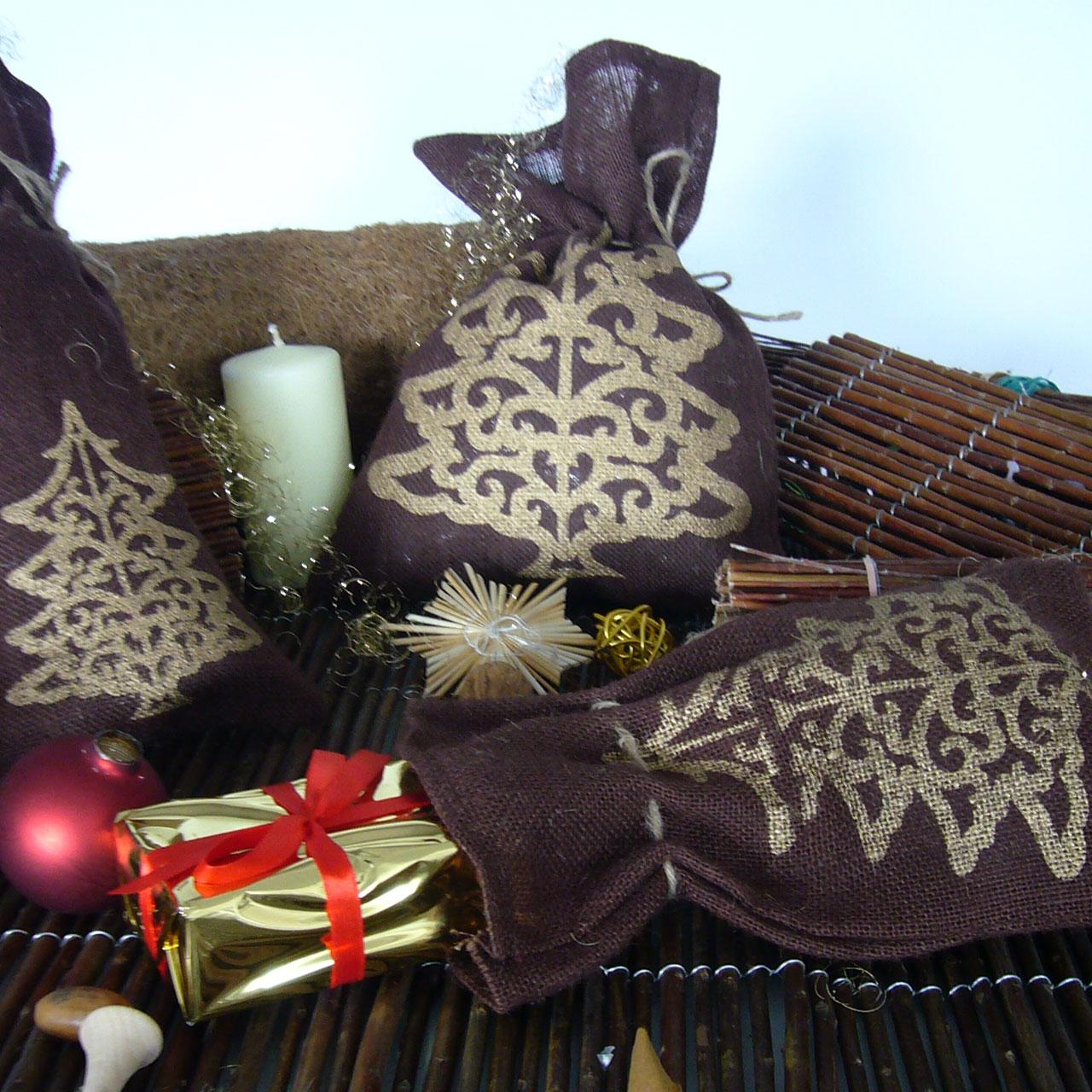 jutes ckchen tannenbaum braun gold. Black Bedroom Furniture Sets. Home Design Ideas