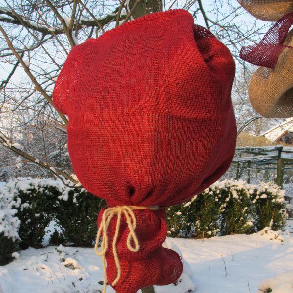 Jutesack als Winterschutz robustes Naturmaterial rot