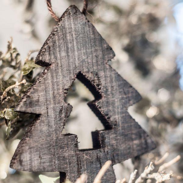 Holz-Anhänger Tannenbaum braun