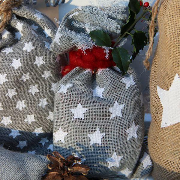 Geschenk-Jutesäckchen Sternchen, grau/weiß