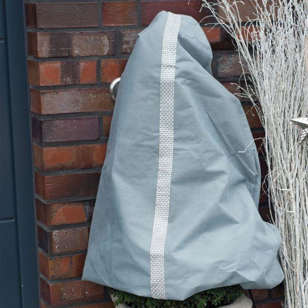 Vlieshaube Winterschutz Winter-Glamour stein-silber